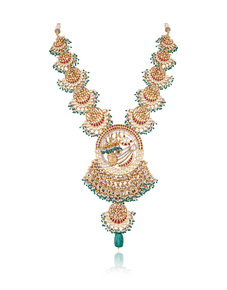 Antique-Haar-With-Emeralds-And-Pearls-From-Legacy-Collection-_Hazoorilal-Legacy_Treniq_0