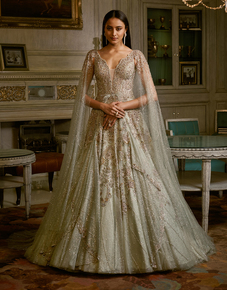 """""""Aphra""""-Shimmer-Tulle-Bridal-Gown_Dolly-J-_Treniq_0"""